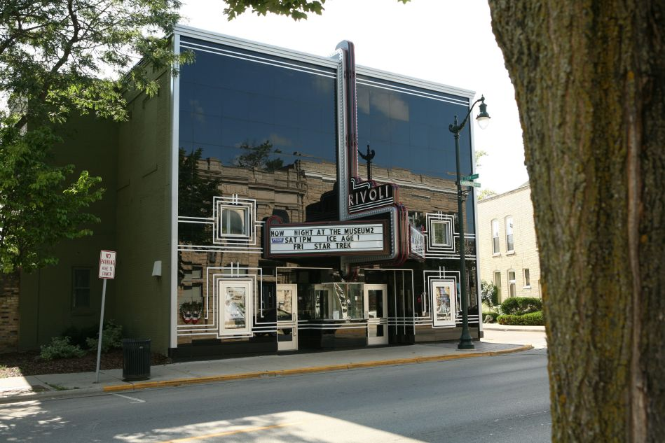 Rivoli Theatre on Washington Ave Cedarburg WI