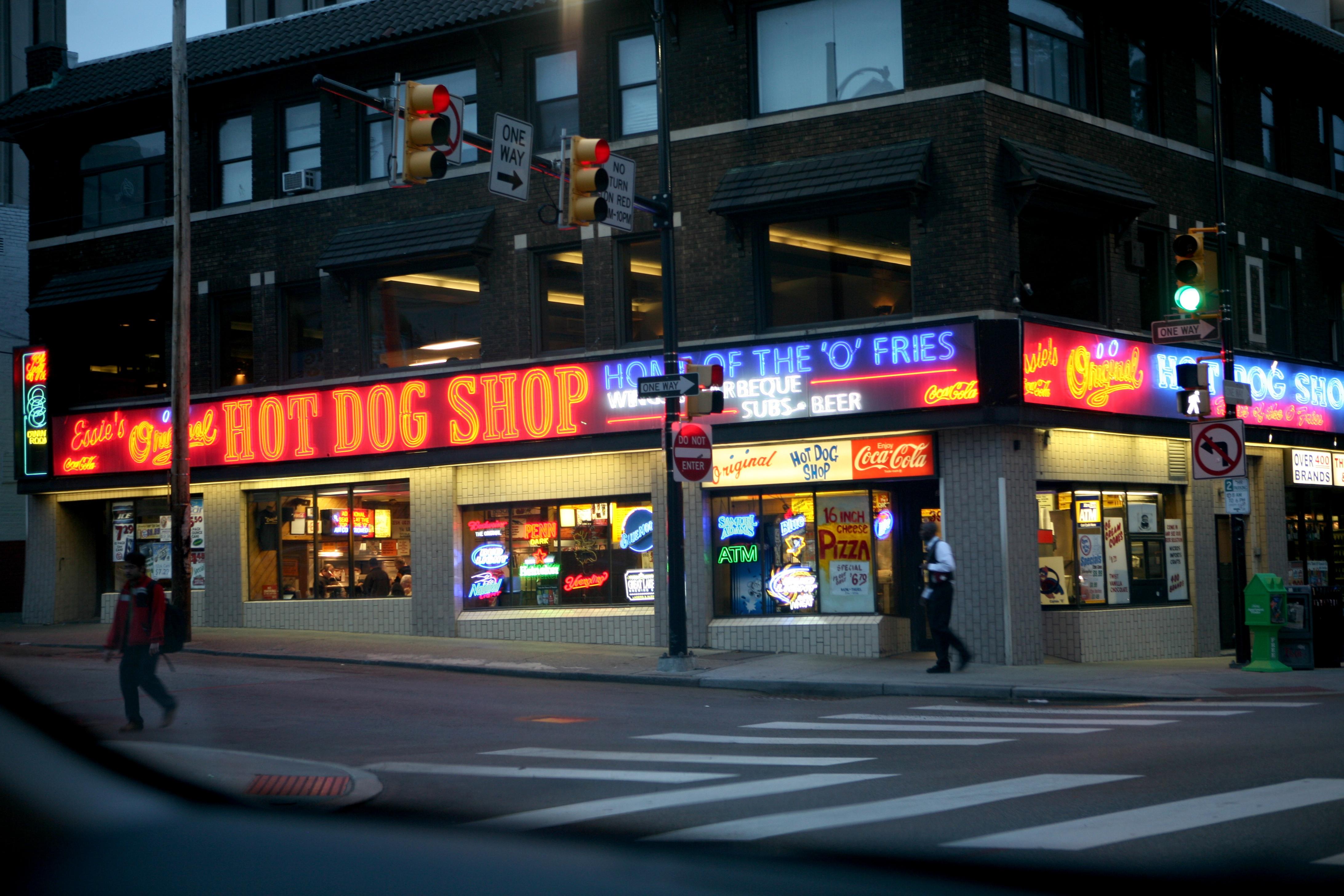 essie s original hot dog shop since 1960 ruth e hendricks photography. Black Bedroom Furniture Sets. Home Design Ideas