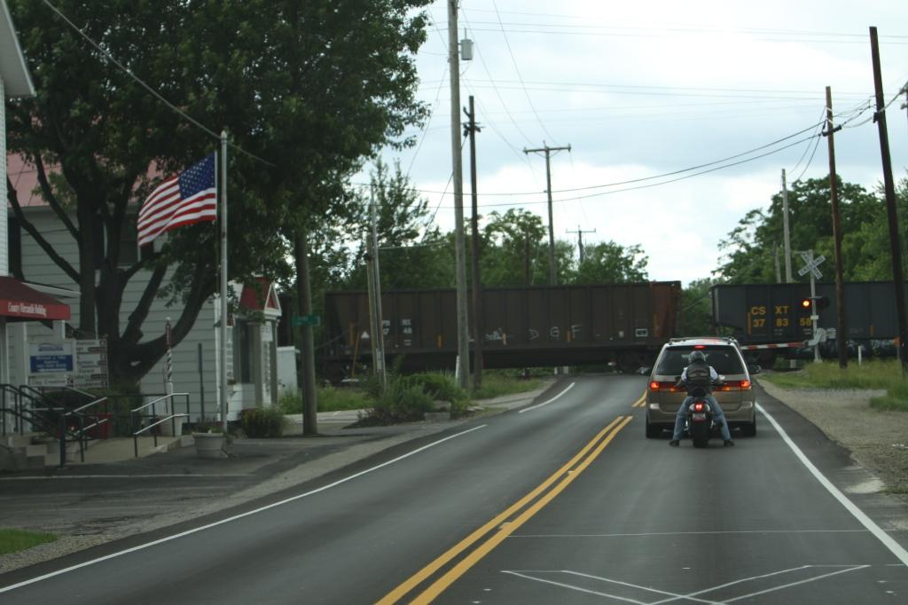 Columbus Ohio, Railroad Crossing