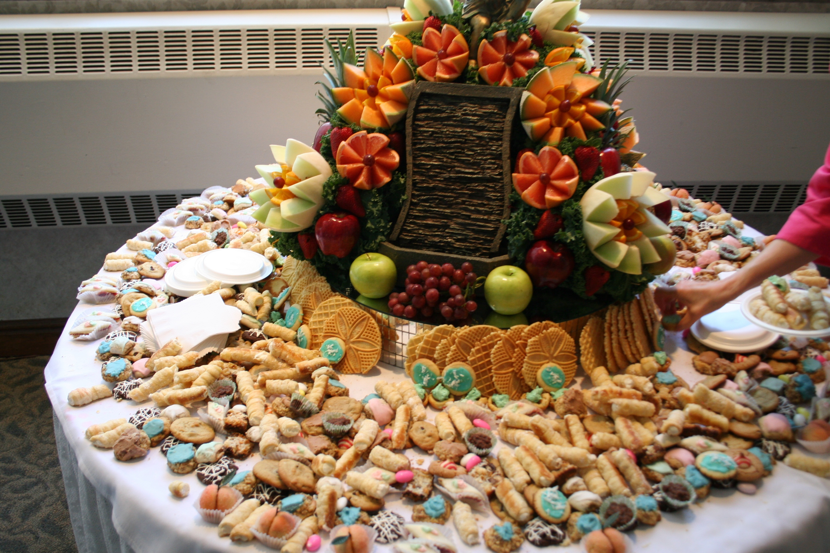 Cookie Table S At Pittsburgh Weddings Are Tradition
