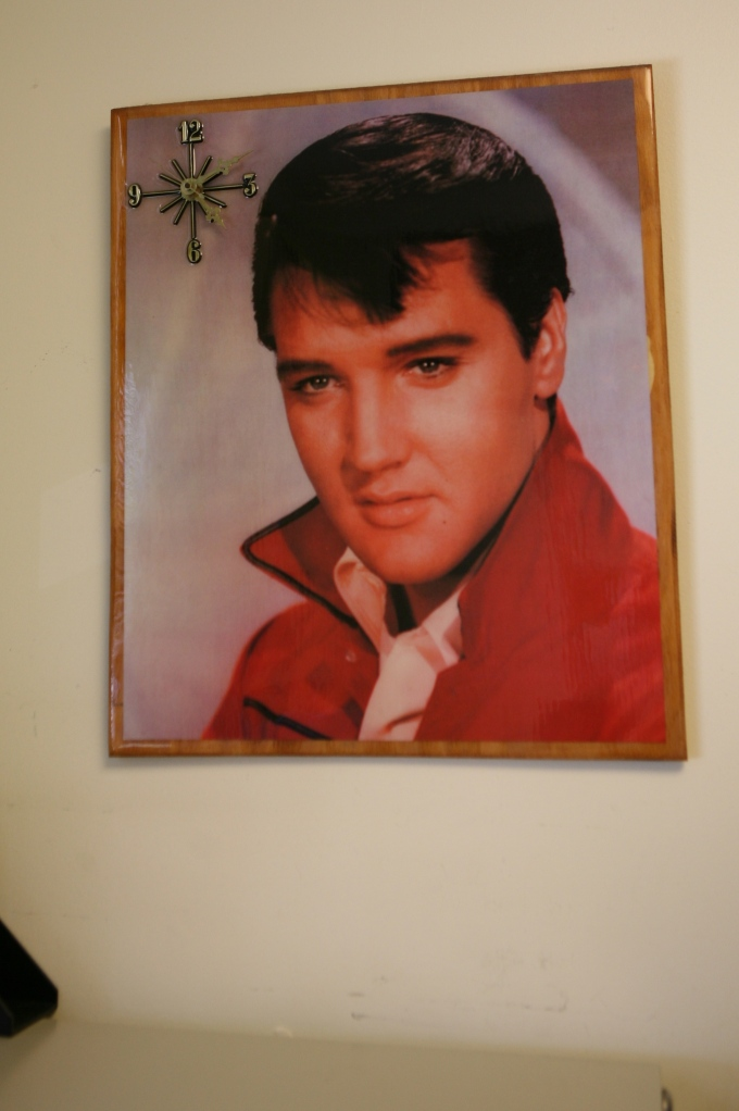Elvis-Clock-Graceland