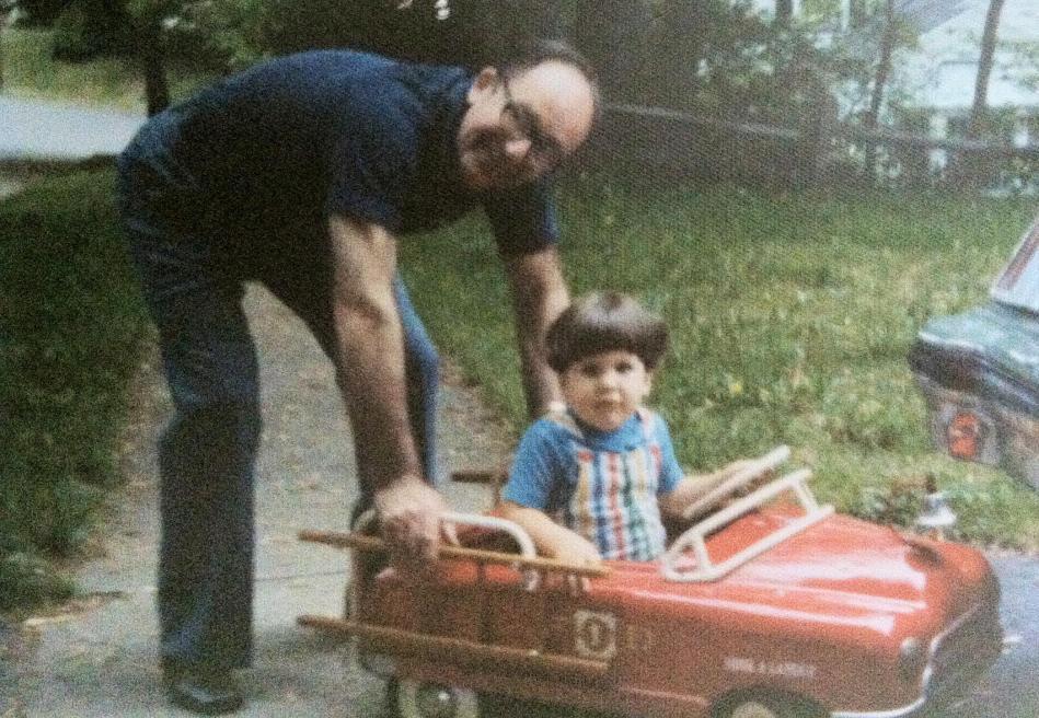 I took it long time ago. Mark & his Pop. RIP Donald J. McGrath, Sr. b.11-25-19 d.11-28-12