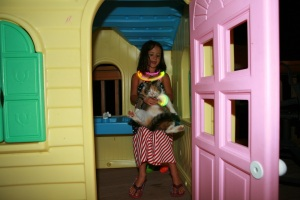 Anna in a Plastic Home and a Borrowed Cat