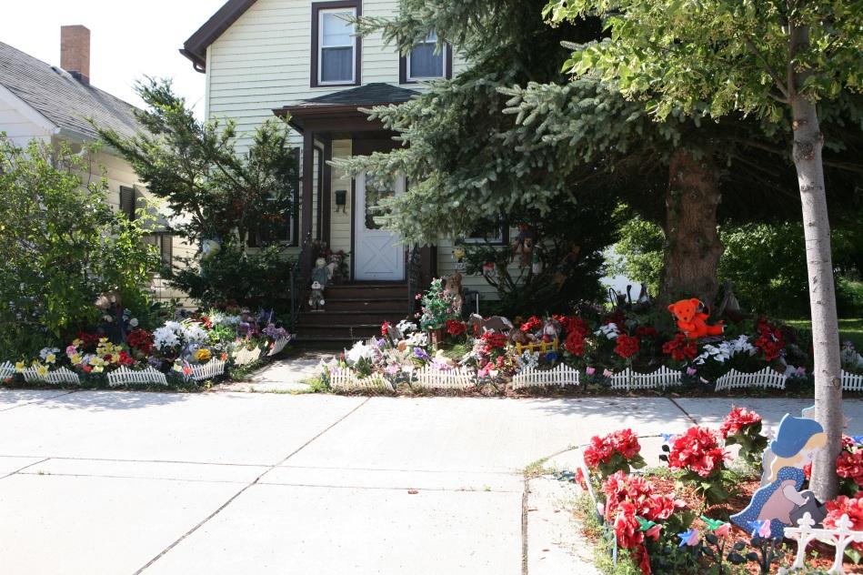 Sheboygan Home with Artificial Flower Garden