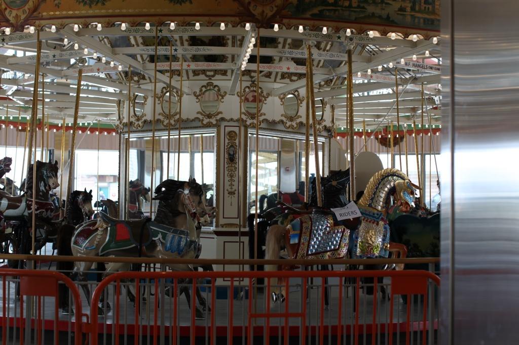 B and B Carousel