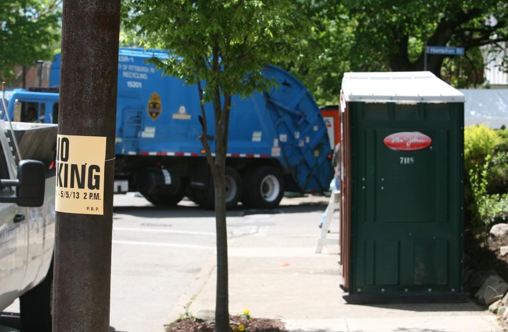 porta pot garbage truck