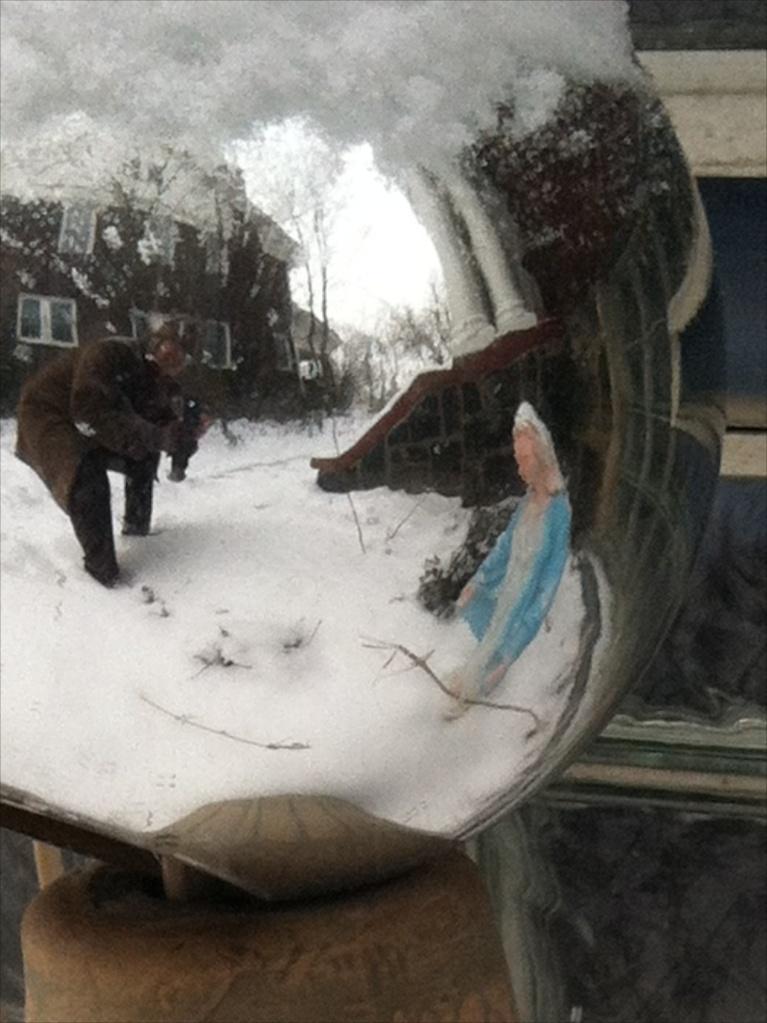 selfie in lawn ball