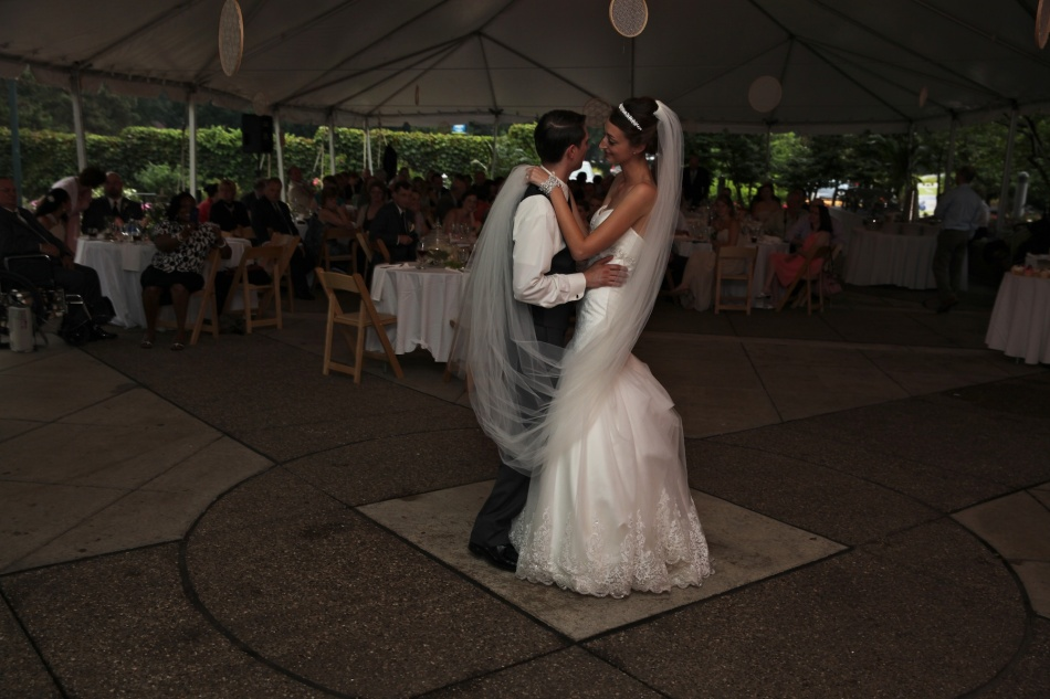 MAtt and Jessica dance