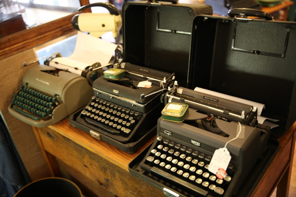 typewriters and victrola 1