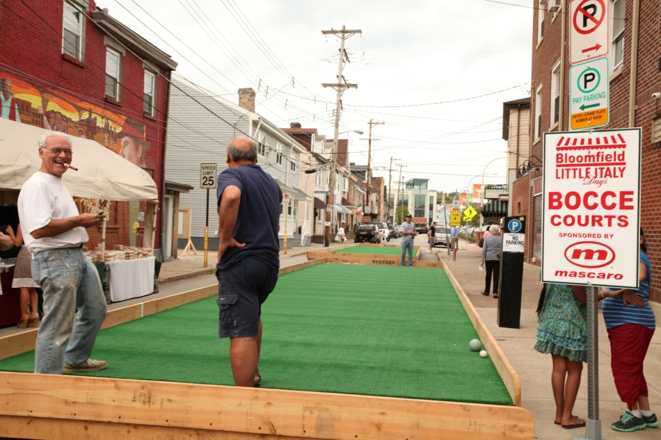 Bocce Courts in Bloomfield