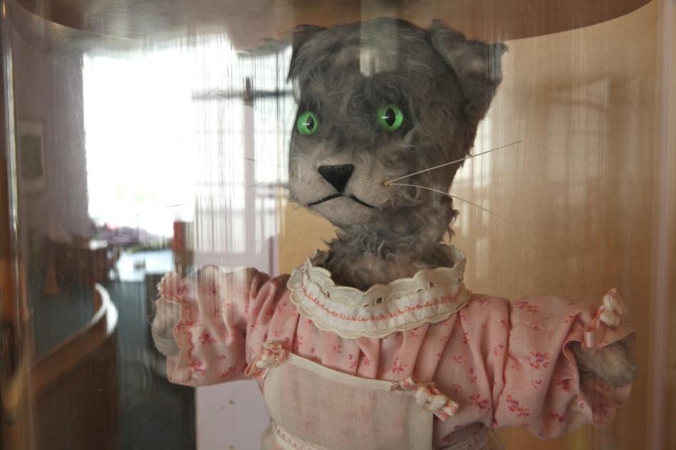 Henrietta Pussycat