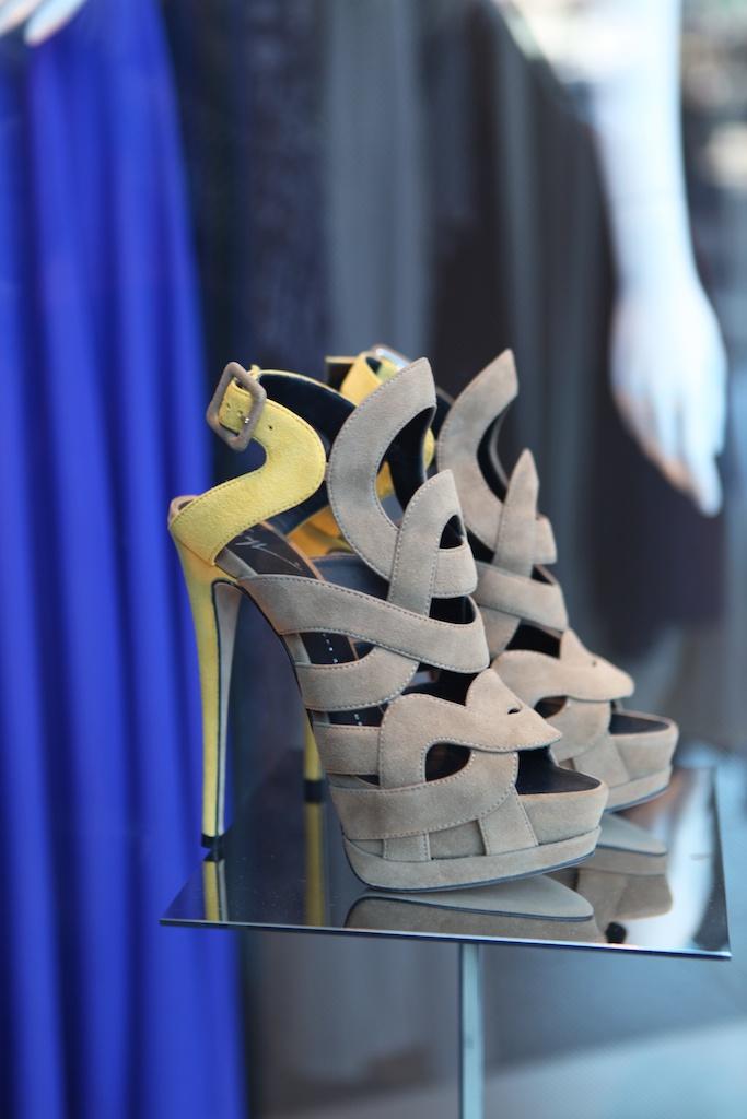 zig zag shoes