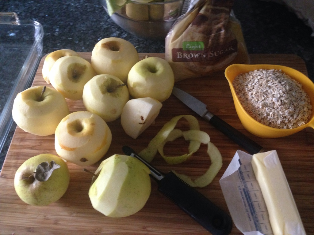 apples on the cutting board