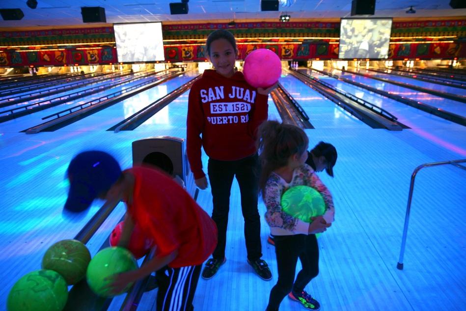 Anna bowling
