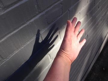 sun on hand