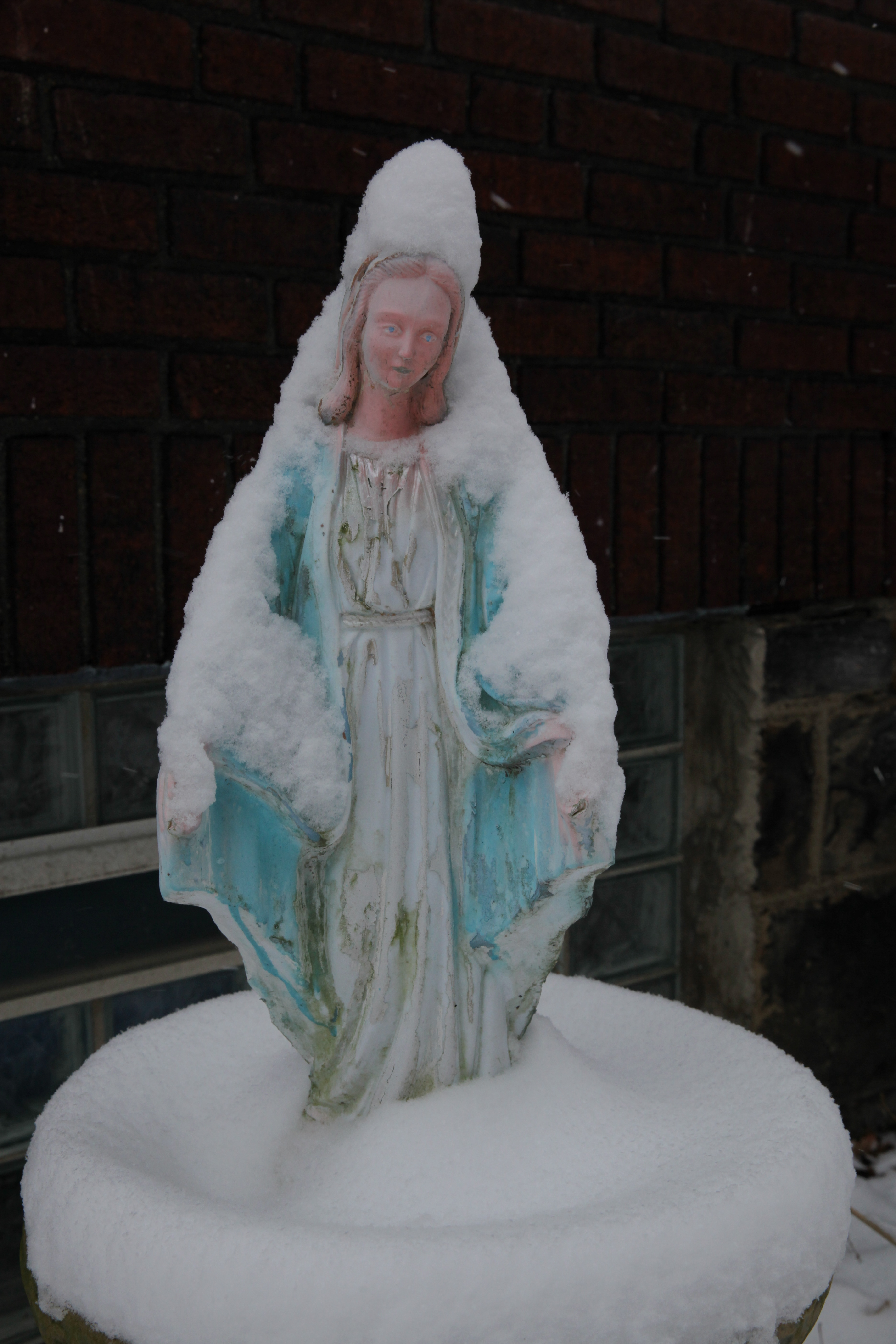 our lady of the snows essay Rudyard kipling (1865-1936)verse: 1885-1918 1922 our lady of the snows.