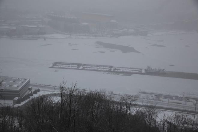 OHIO RIVER ICE