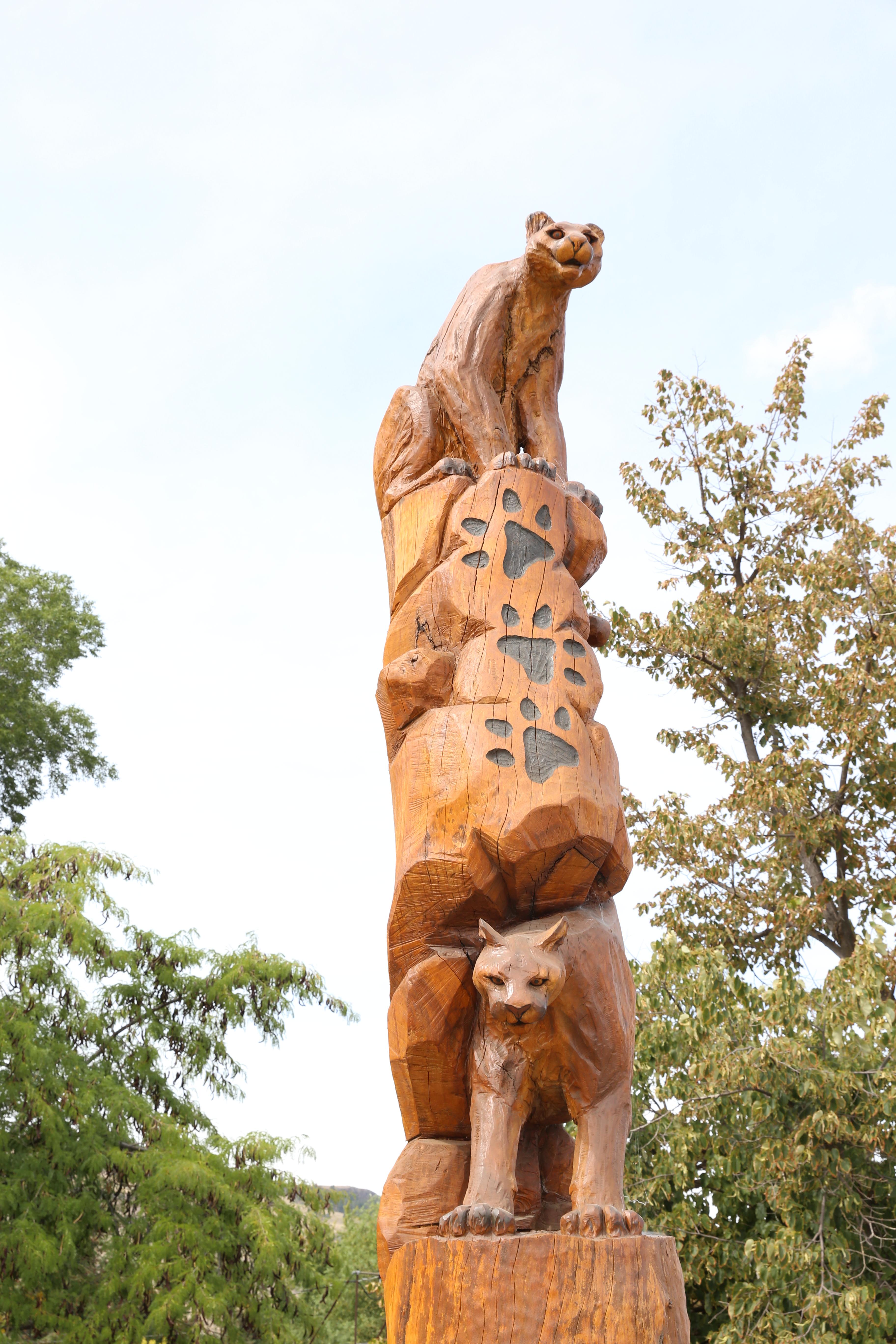 Chainsaw artist transforms trees into art u2013 ruth e. hendricks
