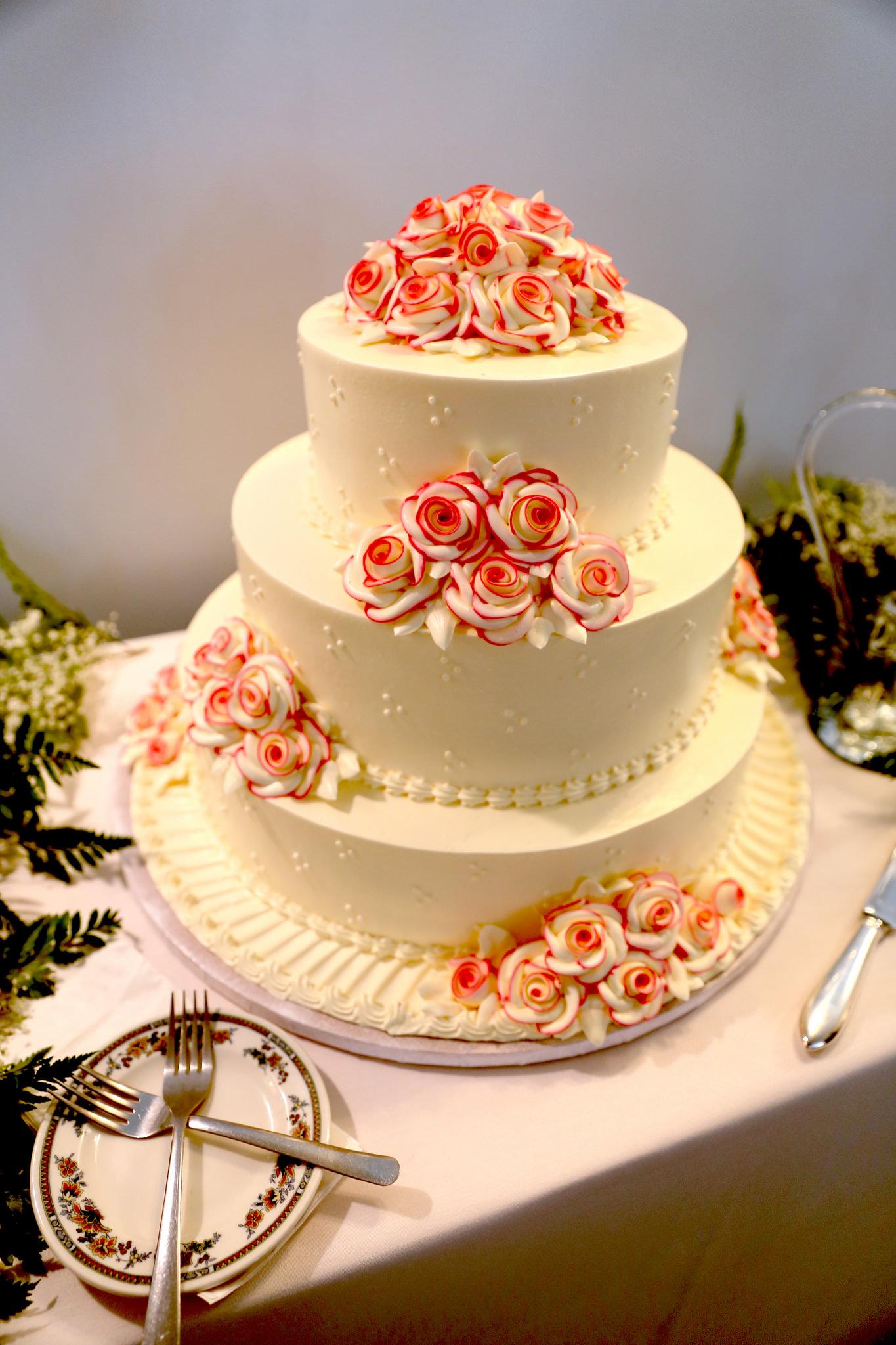 Atop Wedding Cakes – Ruth E. Hendricks Photography