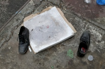 pizza-box-and-a-pair-of-mens-shoes